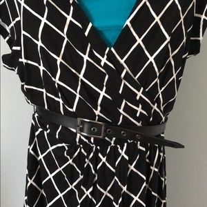 Express Dresses - Express black and white belted dress
